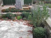<br>Patined terrace paving